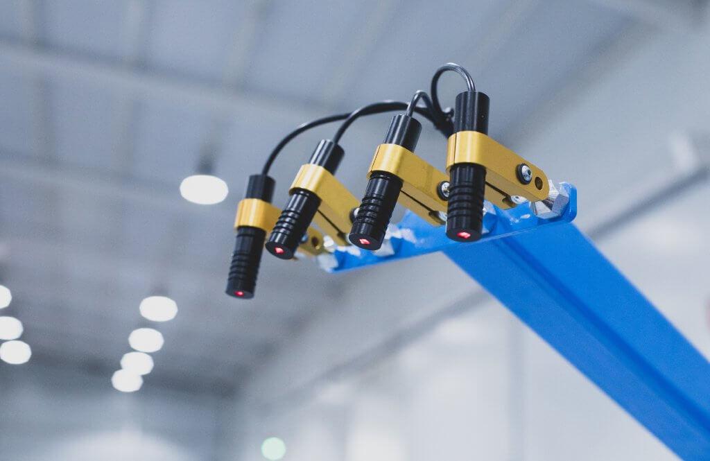 Laser punto y linea para un posicionamiento de la pieza mas eficiente